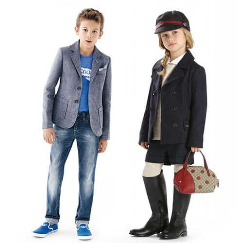 Roupa e calçado para crianças