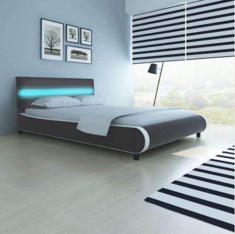 Camas e estruturas de camas