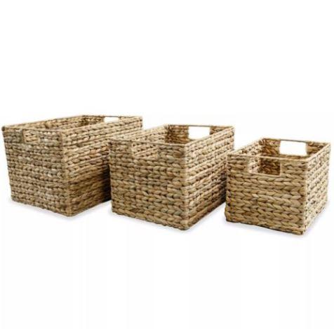 Cestos e caixas para suprimentos domésticos
